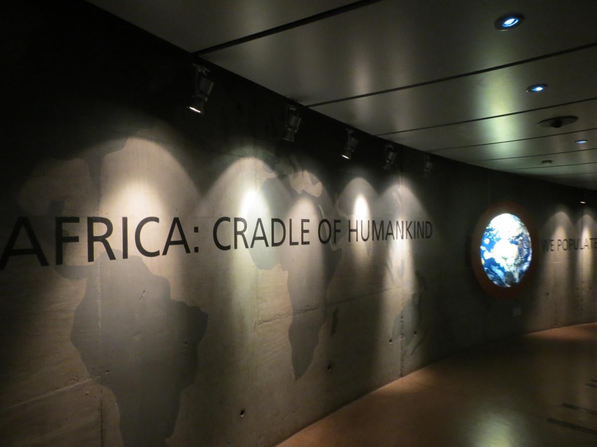 Fósseis humanos e cavernas em Cradle of Humankind: o berço da humanidade na África do Sul