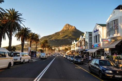 Orla de Camps Bay na Cidade do Cabo