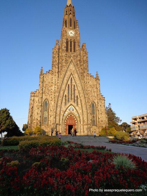 Atrações de Gramado e Canela Catedral de Pedra Canela