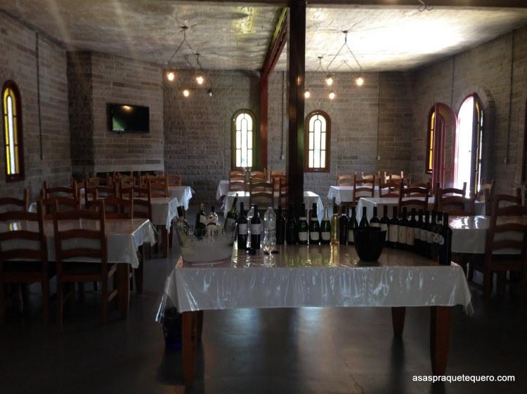 Visitação Vinícola Cave de Pedra - vale dos vinhedos trem maria fumaça