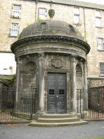 Mackenzie_mausoleum